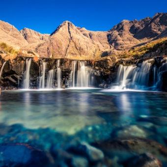 Un piano delle Fairy Pools con la piccole cascate e il laghetto