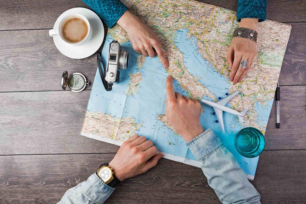 una cartina dell'Italia utilizzata per prendere spunto per le destinazioni per un viaggio