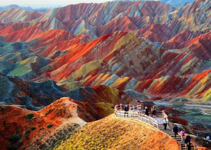 Un punto panoramico del parco geologico nazionale del Danxia cinese di Zhangye