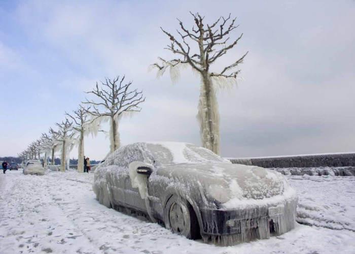 Auto congelata Ojmjakon