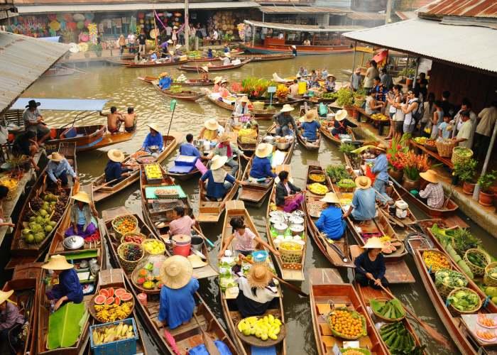 Phi Phi Island. Bangkok mercato galleggiante